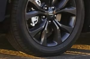 2019 Chrysler Pacifica Black Wheels