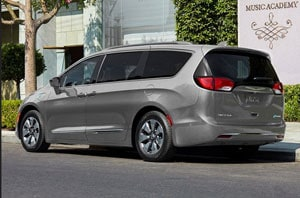 2018 Chrysler Pacifica Hybrid Rear