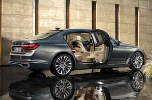 2018 BMW 7 Series Side