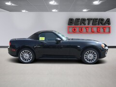 New FIAT 2017 FIAT 124 Spider Classica Convertible in West Springfield