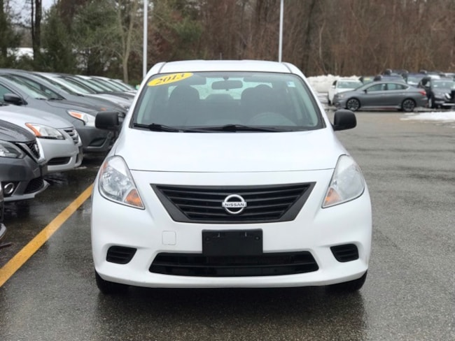 2013 Nissan Versa 1.6 S Sedan