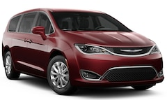 New 2019 Chrysler Pacifica TOURING PLUS Passenger Van 2C4RC1FG0KR720626 Harlingen