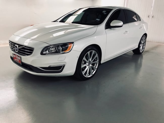 Used 2016 Volvo S60 T5 Platinum Inscription Sedan in Edinburg, Texas, at Volvo of Edinburg