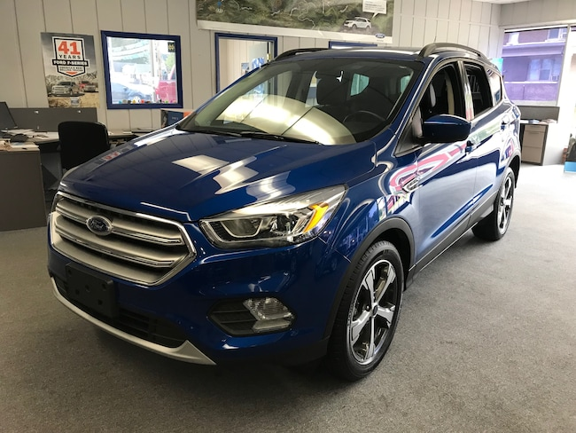 New 2017 Ford Escape SE SUV in Knox, IN