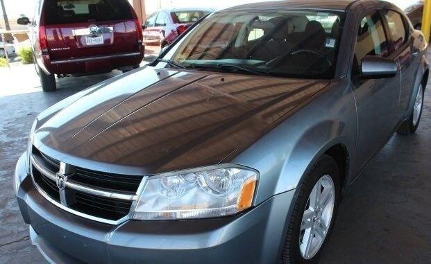 El Paso Used Car Dealerships Sell 2010 Dodge Avenger