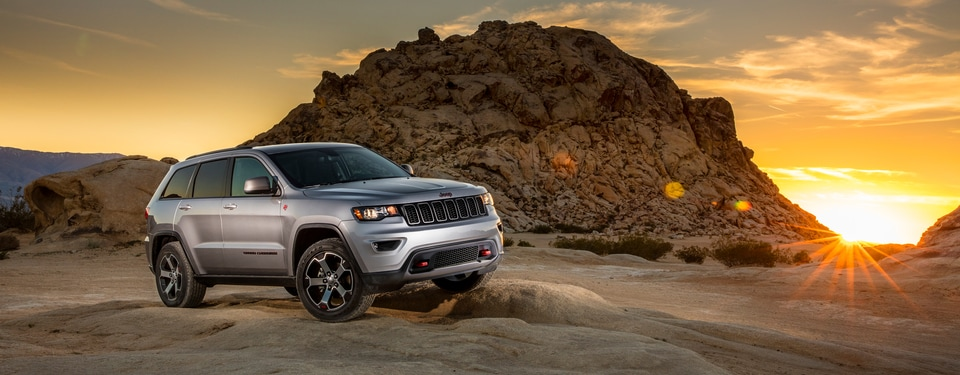 Jeep Grand Cherokee SUV.png