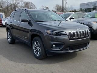 New 2020 Jeep Cherokee LATITUDE PLUS 4X4 Sport Utility For Sale Lowell MI