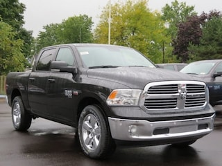 New 2019 Ram 1500 CLASSIC BIG HORN CREW CAB 4X4 5'7 BOX Crew Cab For Sale Lowell, MI