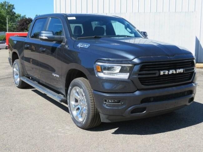 New 2019 Ram 1500 BIG HORN / LONE STAR CREW CAB 4X4 5'7 BOX Crew Cab For Sale/Lease Lowell, MI