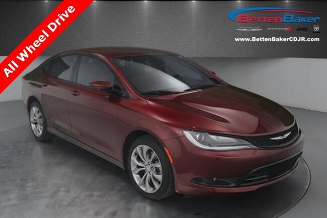 used 2015 Chrysler 200 S Sedan for sale lowell, MI