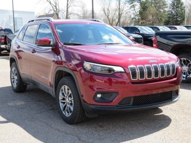 New 2019 Jeep Cherokee LATITUDE PLUS 4X4 Sport Utility For Sale/Lease Lowell, MI