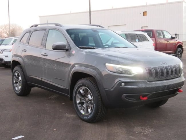 New 2019 Jeep Cherokee TRAILHAWK 4X4 Sport Utility For Sale/Lease Lowell, MI
