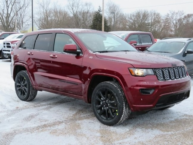 New 2019 Jeep Grand Cherokee ALTITUDE 4X4 Sport Utility For Sale/Lease Lowell, MI