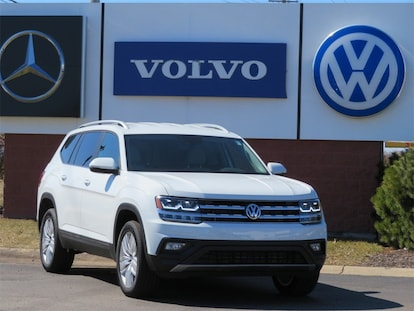 New 2019 Volkswagen Atlas For Sale at Betten Imports | VIN:  1V2UR2CA8KC527338