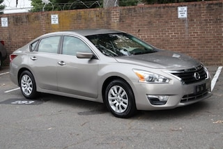 Used 2014 Nissan Altima 2.5 S Sedan 1N4AL3AP6EC111575 for sale in Alexandria, VA