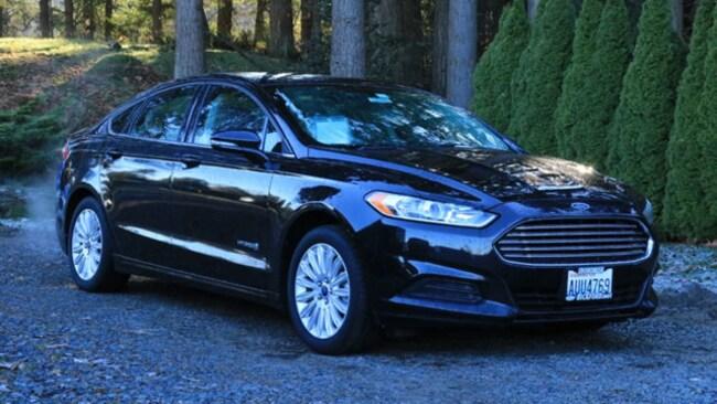 2015 Ford Fusion SE Hybrid FWD Sedan