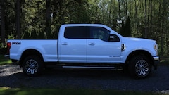 Used  2018 Ford Super Duty F-350 SRW LARIAT 4WD CREWCAB Truck in Snohomish, WA