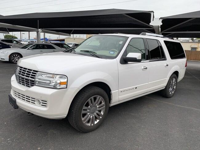 2009 Lincoln Navigator L Base SUV