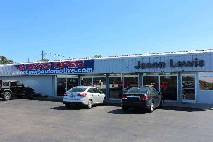 Jason Lewis Chrysler Dodge Jeep Ram Dealership in Sparta TN