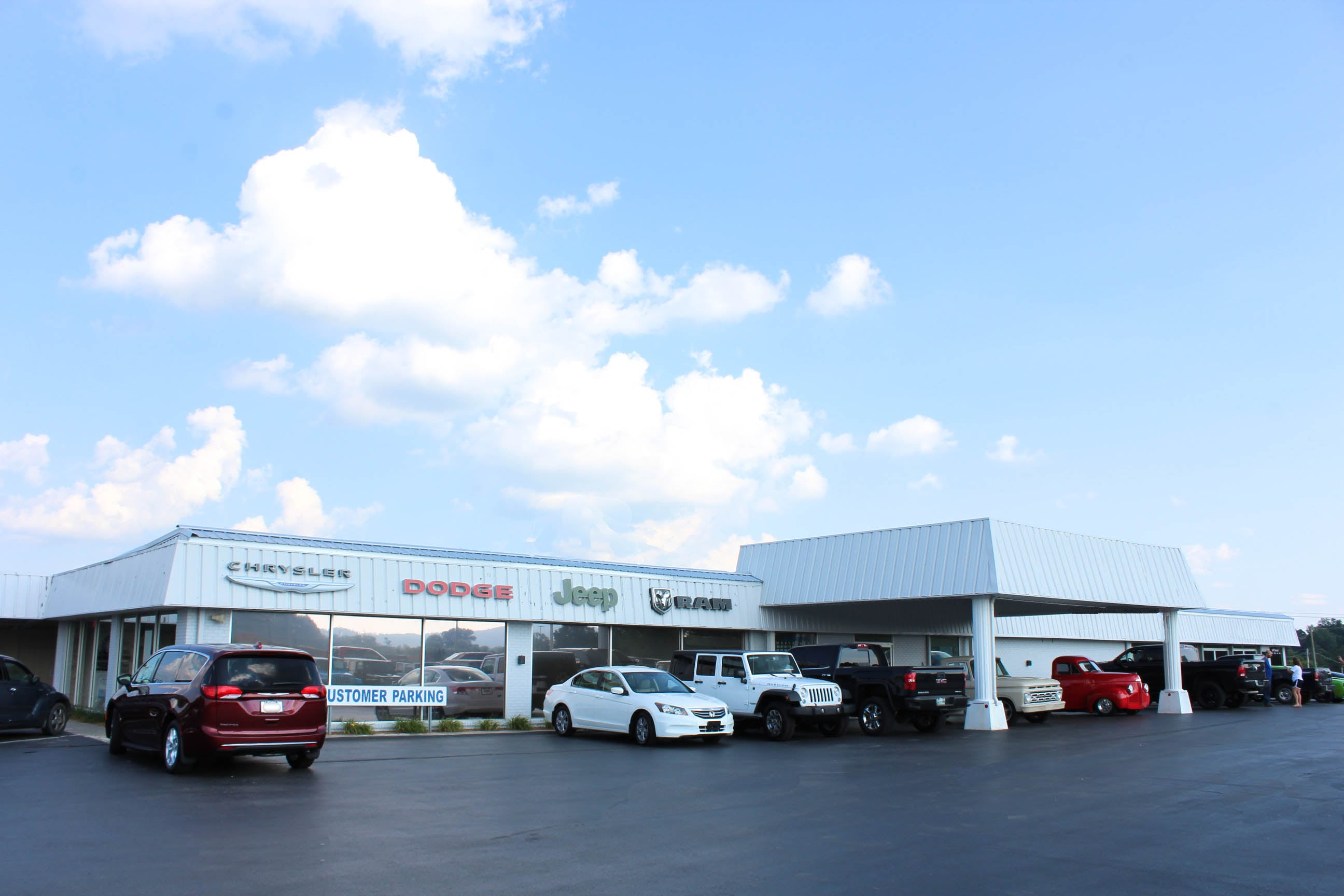 Ram Truck Dealership near Cookeville TN