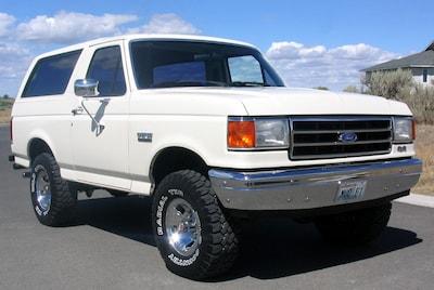 1990 Ford Bronco (White)