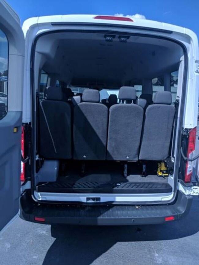 beb9d068c3 ... 2016 Ford Transit Passenger 350 XLT 3dr LWB Medium Roof Passenger Van  w Slidin Passenger ...