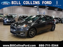 2015 Ford Focus HB SE sedan