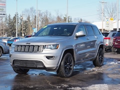 New 2019 Jeep Grand Cherokee ALTITUDE 4X4 Sport Utility for sale in Muncie, IN