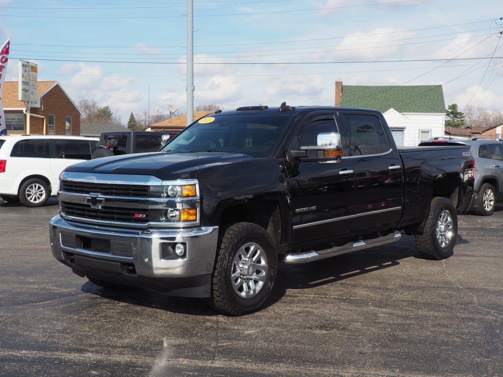 Used 2016 Chevrolet Silverado 3500HD for sale near Yorktown, IN