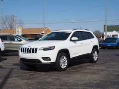 2019 Jeep Cherokee LATITUDE 4X4 Sport Utility for sale in Muncie, IN
