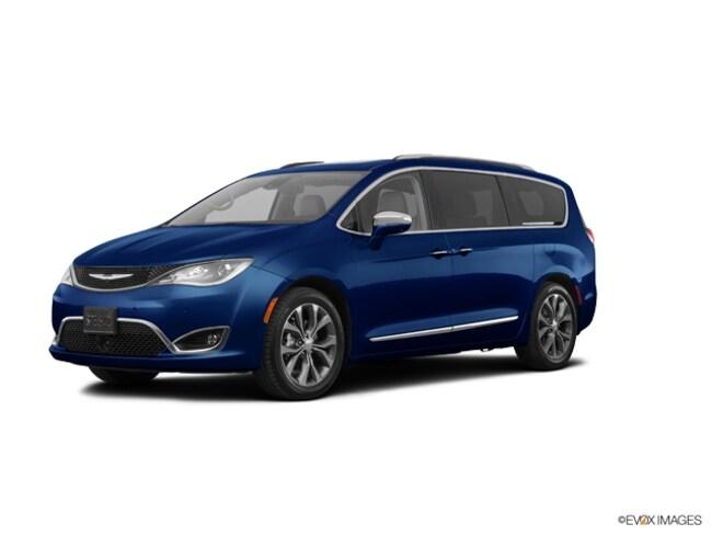 New 2019 Chrysler Pacifica LIMITED Passenger Van in Muncie