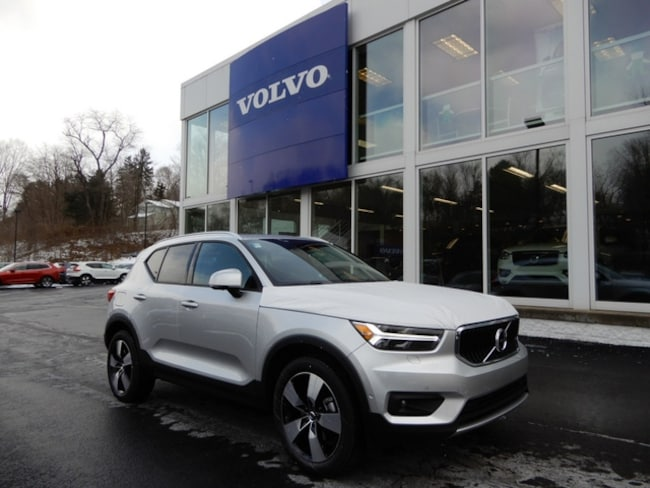 New 2019 Volvo XC40 T5 Momentum SUV in McMurray, PA