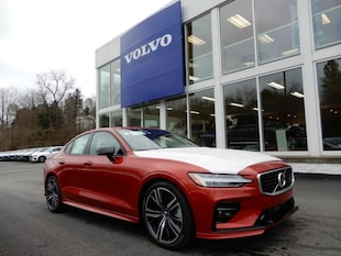 2019 Volvo S60 T6 R-Design Sedan
