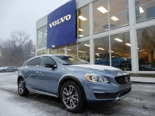 2018 Volvo V60 Cross Country T5 Wagon