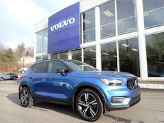 Used 2019 Volvo XC40 SUV for sale in McMurray PA