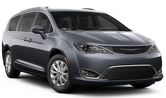New 2019 Chrysler Pacifica TOURING L Passenger Van for sale in Ashland