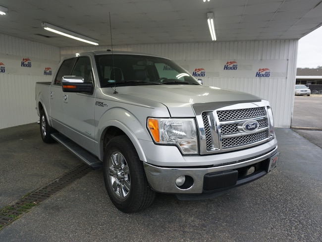 2011 Ford F-150 Lariat Crew Cab Short Bed Truck