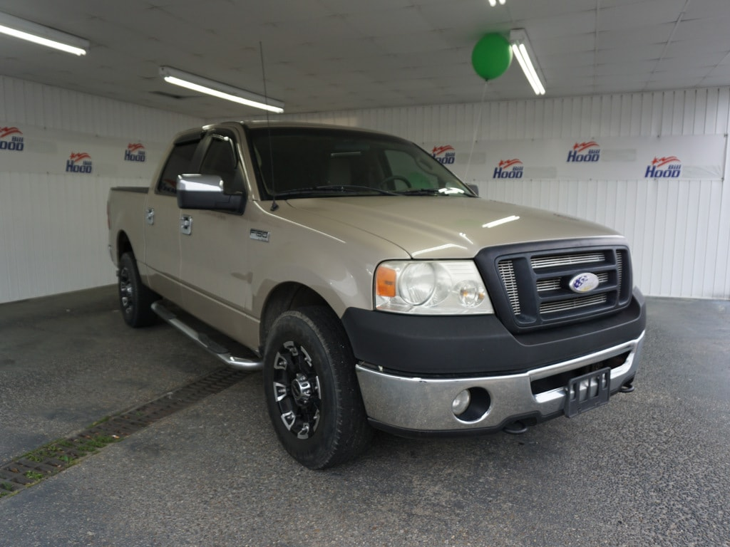2008 Ford F-150 XL Crew Cab Short Bed Truck