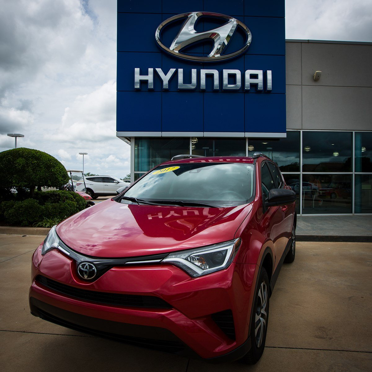 Used special  2017 Toyota RAV4 LE SUV for sale in Lawton, OK