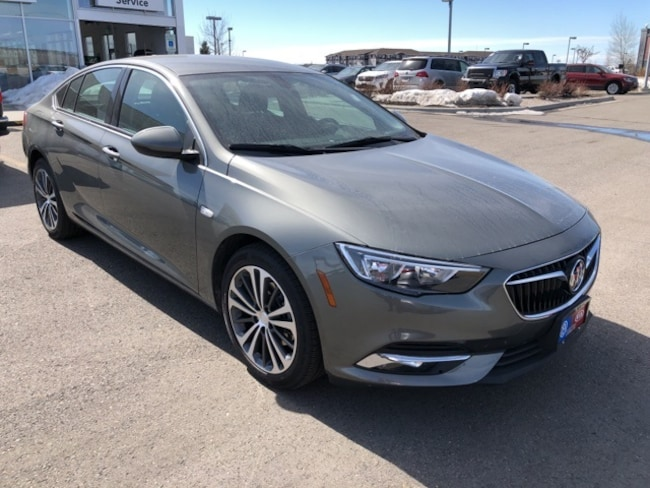 2018 Buick Regal Essence Hatchback