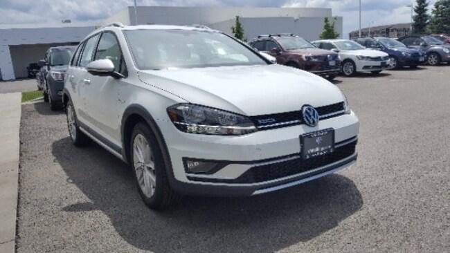 New 2018 Volkswagen Golf Alltrack TSI S Wagon in Billings, MT