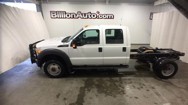 2013 Ford F-550 Chassis Truck Crew Cab