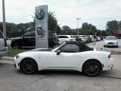 New FIAT  2018 FIAT 124 Spider ABARTH Convertible For Sale in Des Moines