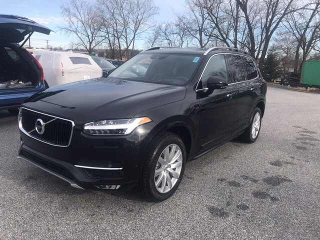 New Volvo vehicles 2019 Volvo XC90 T6 Momentum SUV for sale near you in Cockeysville, MD