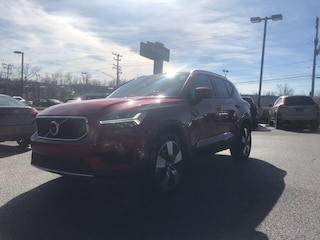New Volvo 2019 Volvo XC40 T4 Momentum SUV for sale in Cockeysville, MD