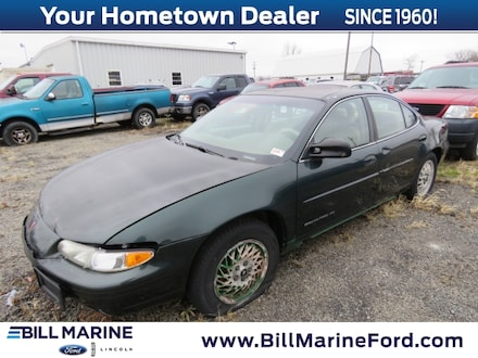 1999 Pontiac Grand Prix SE Sedan