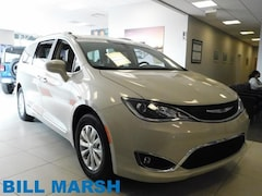 2019 Chrysler Pacifica Touring L Van
