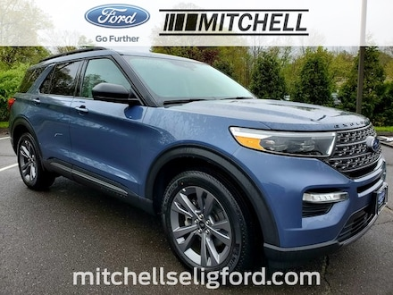 2021 Ford Explorer XLT w/ Sport Apearance Package - Twin Panel Moonro SUV