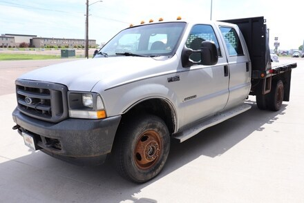 2002 Ford F-350SD XLT Cab/Chassis