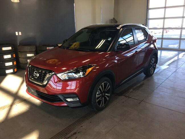 2018 Nissan Kicks SR SR FWD